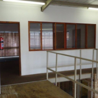 200m² factory / warehouse unit to let in Krugersdorp, Factoria