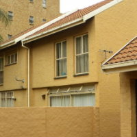 2 Bedroom duplex close to TUKS, Hatfield