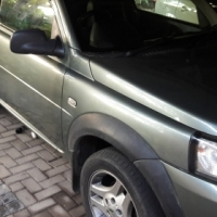 2004 freelander 2 door and gsxr 750 k8