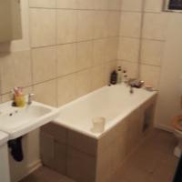 Netjiese ruim 1 en half slaapkamer Woonstel te huur in Van Der hoff weg