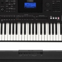 YAMAHA PSR-E453  61-KEY TOUCH RESPONSE KEYBOARD