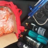 Piranha R6 paintball gun set with accessories
