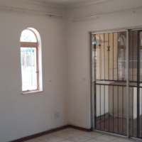 F/prk lovely 3 bedr house to rent