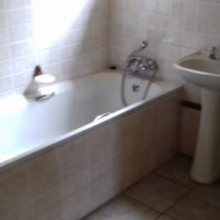 One bedroom with your own bathroom and fitted kitchen