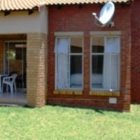 2 BEDROOM SIMPLEX IN 24/7 SECURITY ESTATE IN PRETORIA EAST