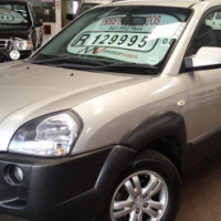2008 Hyundai Tucson 2.0 GLS 4X2 with 144667Km's,Full Service History with Electric Windows