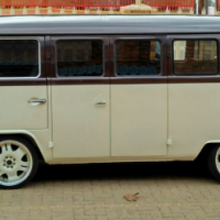VW KOMBI 1977 Low Light Brasilia 1600.