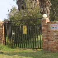 BENONI-PETIT AREA-9INDUSTRIAL U8SAGE-1.7 HA-POWER & BWATER-SMALL HOUSE-R1.2 Mil!!