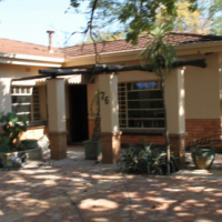 Beautiful 5 bedroom house available in Rietondale for 2017