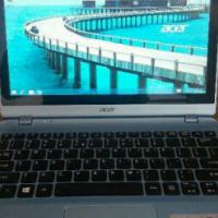 Acer aspire v 5 laptop touchscreen laptop.