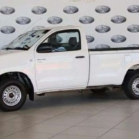 Toyota Hilux 2.0 Chassis Cab