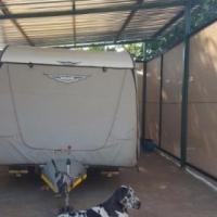 Jurgens Exclusive 2015 caravan like new, many exstras