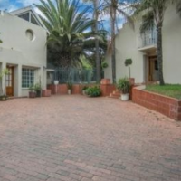DOUBLE STOREY ARCHITECTURAL GEM IN SUNNINGHILL ESTATE