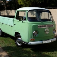 Volkswagen Kombi T2 Low Light Bay Window Dropside Pick-Up.