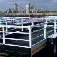 sale on 4m trailers.hook&go.