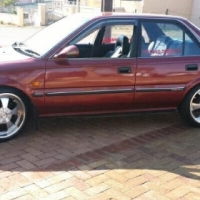two Toyota corolla and conquest for sale