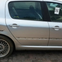 Stripping Peugeot 307 1.6 For Spares
