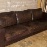 "Large ""KLOOFTIQUE"" Oxblood Leather 4-Seater Couch In Very Good Solid Condition!! Full Grain"