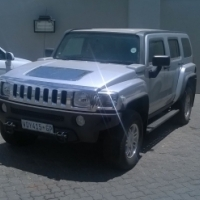 2007 Hummer H3 stripping for parts