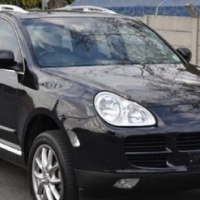 2004 Porsche Cayenne S, Black with 119000km availa