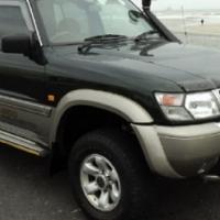 2000 Nissan Patrol 4.5 GRX 4 x 4 7-Seater Station