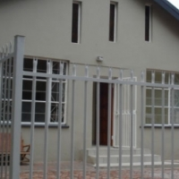 CLAREMONT IN PRETORIA. VERY NEAT 3 BEDROOM WITH 4 SMALL FLATS.