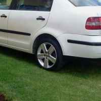 Polo trendline 1.6 2006 model for sale