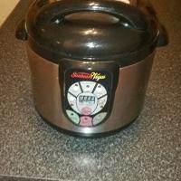 pressure cooker ads in homeware for sale in south africa. Black Bedroom Furniture Sets. Home Design Ideas