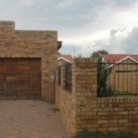 Two bedroom facebrick Town House to rent, with double bathrooms, and garages in Flamwood
