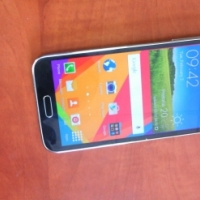 Samsug Galaxy S5 Lte in Mint condition