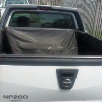 Insurance damaged vehicle for sale Code 02  Nissan NP 200 2013