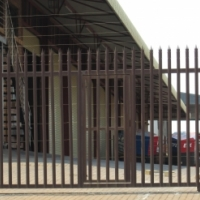 PALISADE GATE SWING AND SLIDING