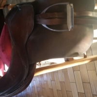 Connoisseur Leather Saddle