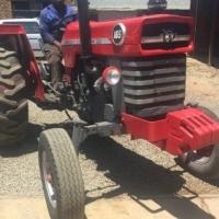 S1486 Pre-Owned Massey Ferguson (MF) 165 Tractor Trekker