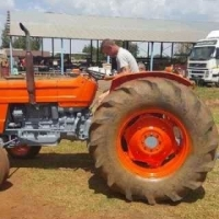 Fiat 640 tractor including 3 farrow plough for sale at reduced price.