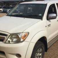 2008 Toyota Hilux 2.7 VVTi Raider D/Cab Bakkie for sale