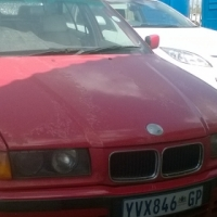 1997 dolphin e36 328i with sunroof ( non running )