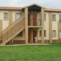 Protea Glen 2bedrooms, bathroom, kitchen, lounge townhouse R3740