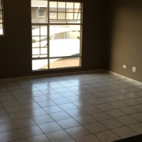 2 Bedroom upstairs unit in Ravenswood Boksburg To Let