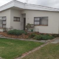 3 Bedroom House in Fairfield Estate Parow