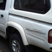 2003 toyota double cab 2,7  for sale  with canopy