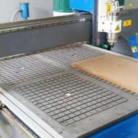 Cheapest Price 1300x2500mm Wood CNC Routing Machine with 7.5kW Spindle for Sale, Best