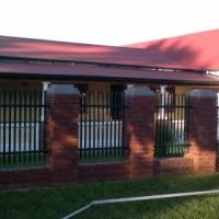 Farm house in the city - Pretoria Gardens area