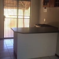 Studio Apartment to Rent in Helderkruin Hill