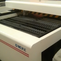lcm 1.3mx2.5mx260w multi laser machine /cut and engrave steel up to3mm