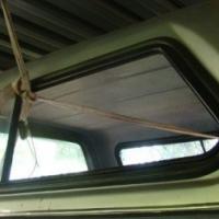 Nissan Navara Kingcab Canopy Silver (Bucco Carryboy)