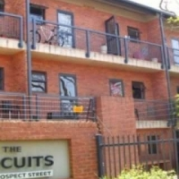 Two bedroom flat to rent The Circuits available im
