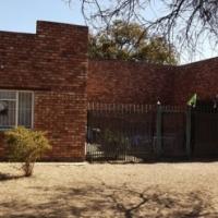 Smallholdings: House on 8,5 ha in Lusthof For Sale