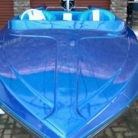 16 ft Challanger ski boat with v200 Mariner motor . Boat cover and live jakets incl. motor newly reb