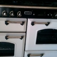 2 x gas stoves